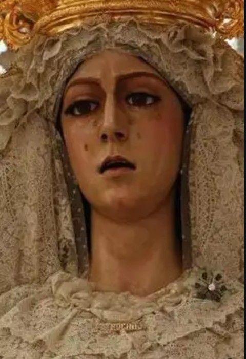 Primer plano de Madre de Dios del Patrocinio (Hermandad de Santa Marta, Jerez)